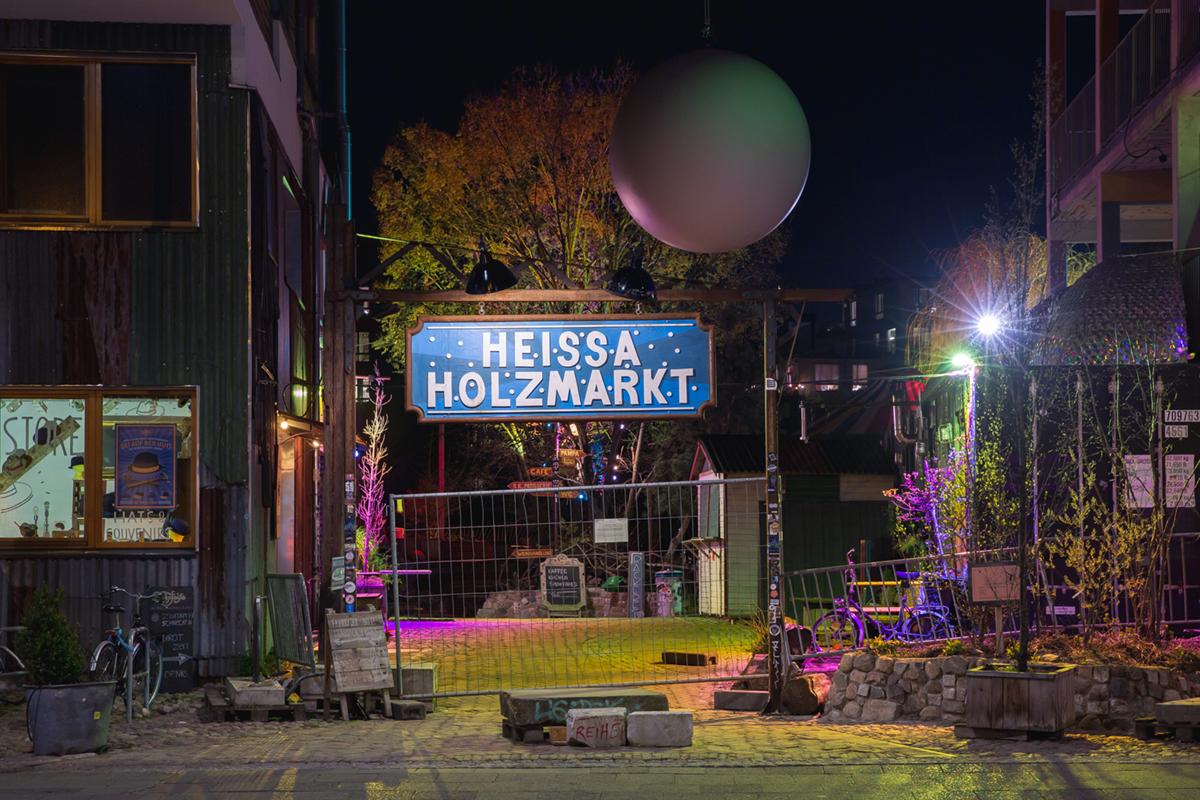 Kulturgelände Holzmarkt © Maarten Delobel