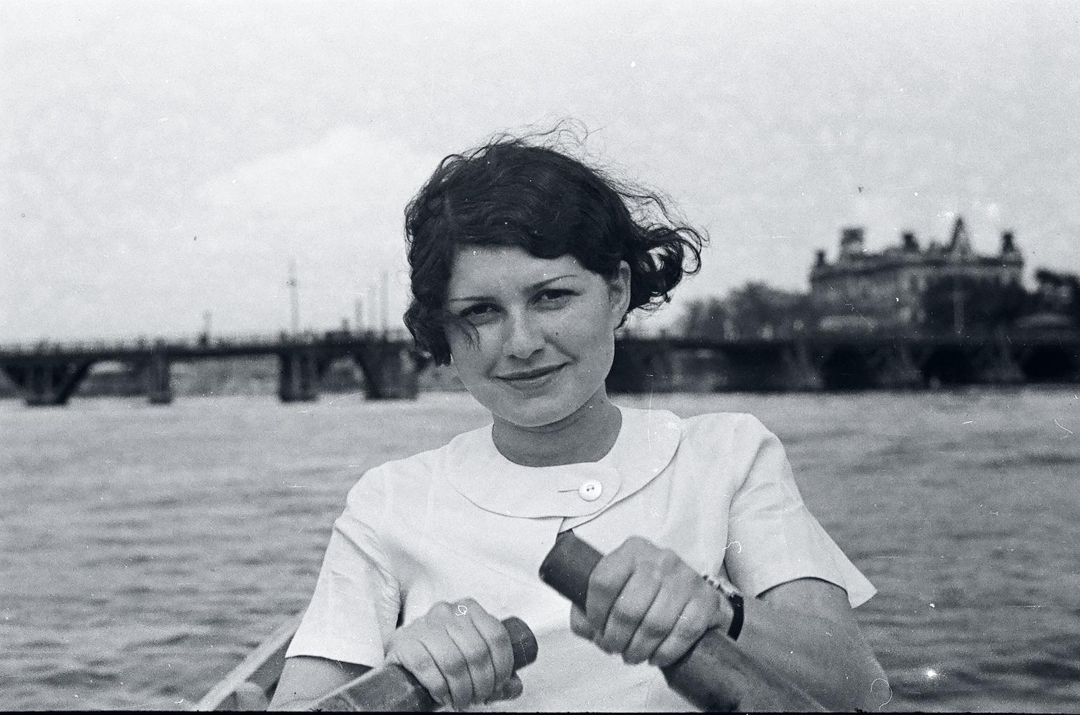 Leningrad, Foto – Jewgeni oder Jakow Henkin (1936–37)