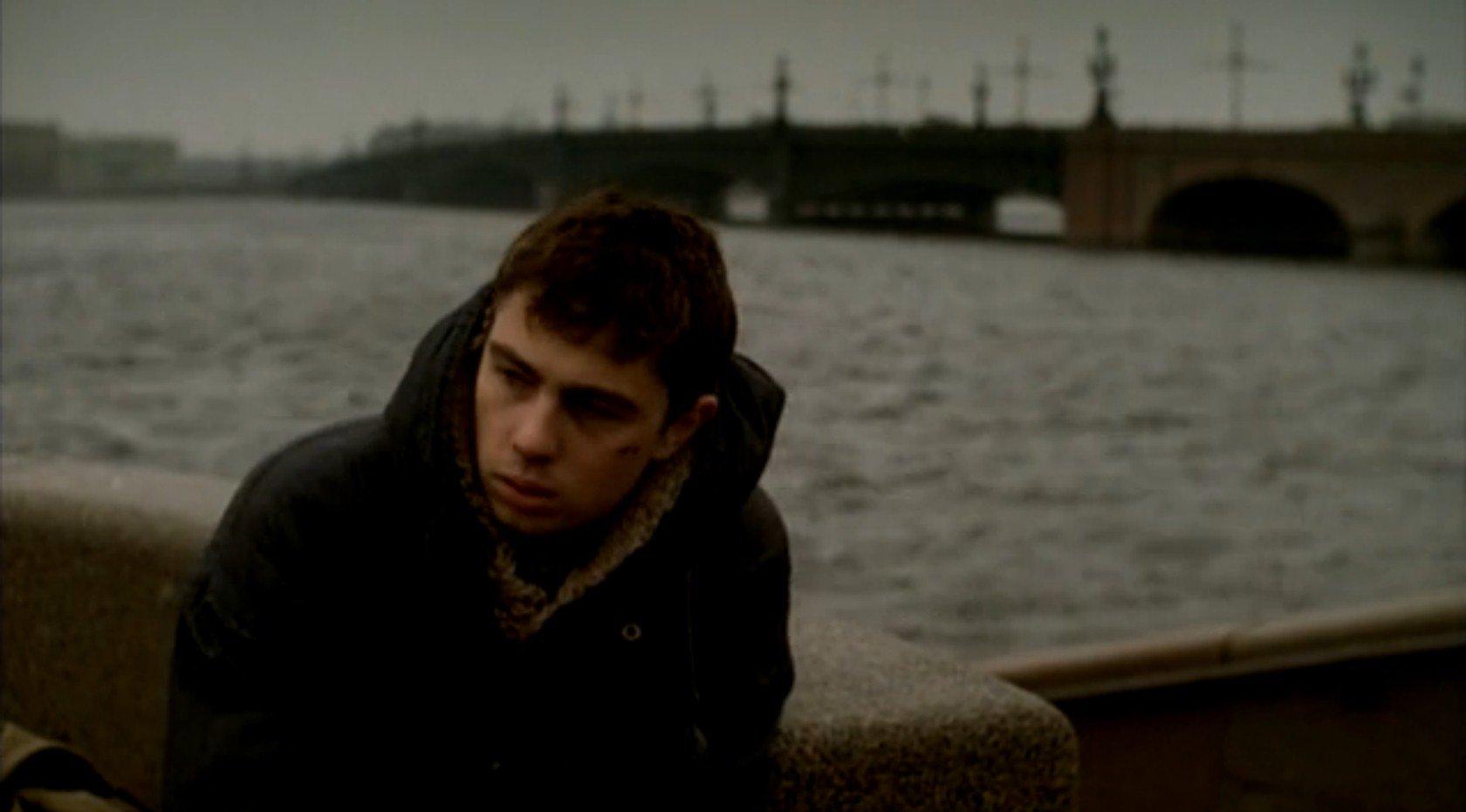 Brat erzählt die Geschichte eines Jungen aus dem Volk, auf der Suche nach seiner Bestimmung in der neuen Gesellschaft / Fotos © CTB Film Company