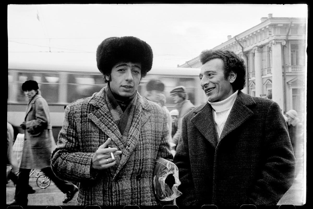 Anitschkow Most, Newski Prospekt, Leningrad, 1976© Mascha Iwaschinzowa