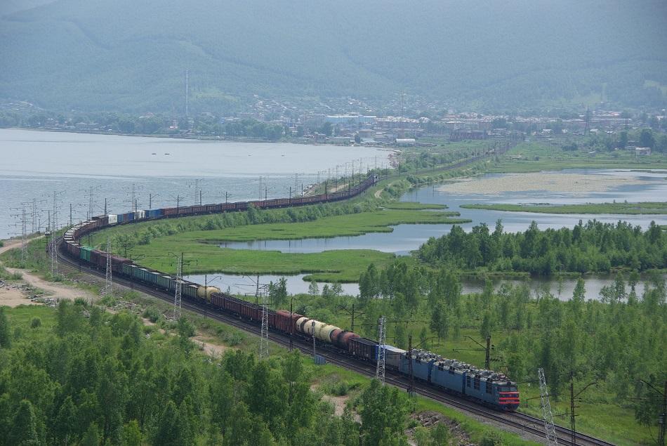 Die Transsibirische Eisenbahn sollte die Weiten Sibiriens aus dem Dornröschenschlaf wecken und ökonomisch erschließen / Foto © Artem Svetlov/flickr