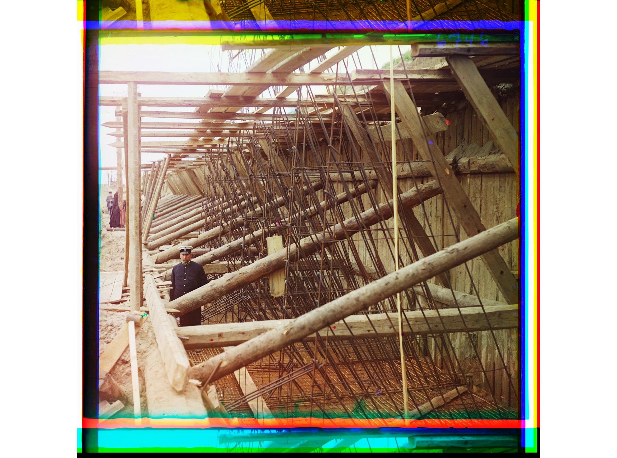 Herstellung von Stahlbeton-Rahmen für die Wände einer Schleuse, Beloomut, 1912