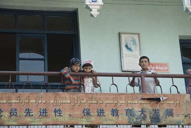 Uigurische Schule in Kaxgar, 2007 / Foto © Konstantin Salomatin