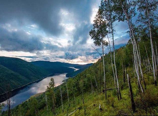 Der Fluss Amur – natürliche Grenze zu China / Foto © yourgeography.info