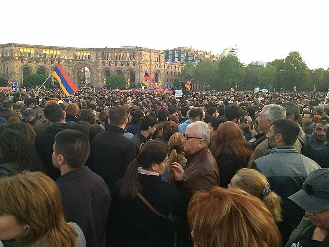 Die jüngsten Proteste in Armenien – ein Zeichen für das Näherrücken unabwendbarer Veränderungen? / Foto © RaffiKoijan/Wikipedia unter CC BY-SA 3.0