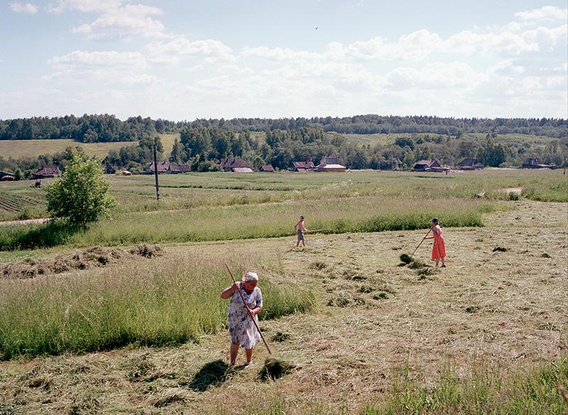 Im Dorf Bogorodizkoje (aus der Serie Beshin Lug, 2004)