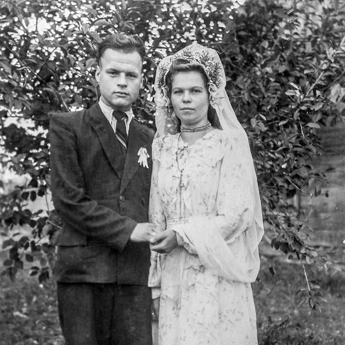 1955–1960 Dzivin, Rajon Kobryn, Oblast Brest. Familie Skraščuk. Aus dem Archiv von Iryna Dajnakova