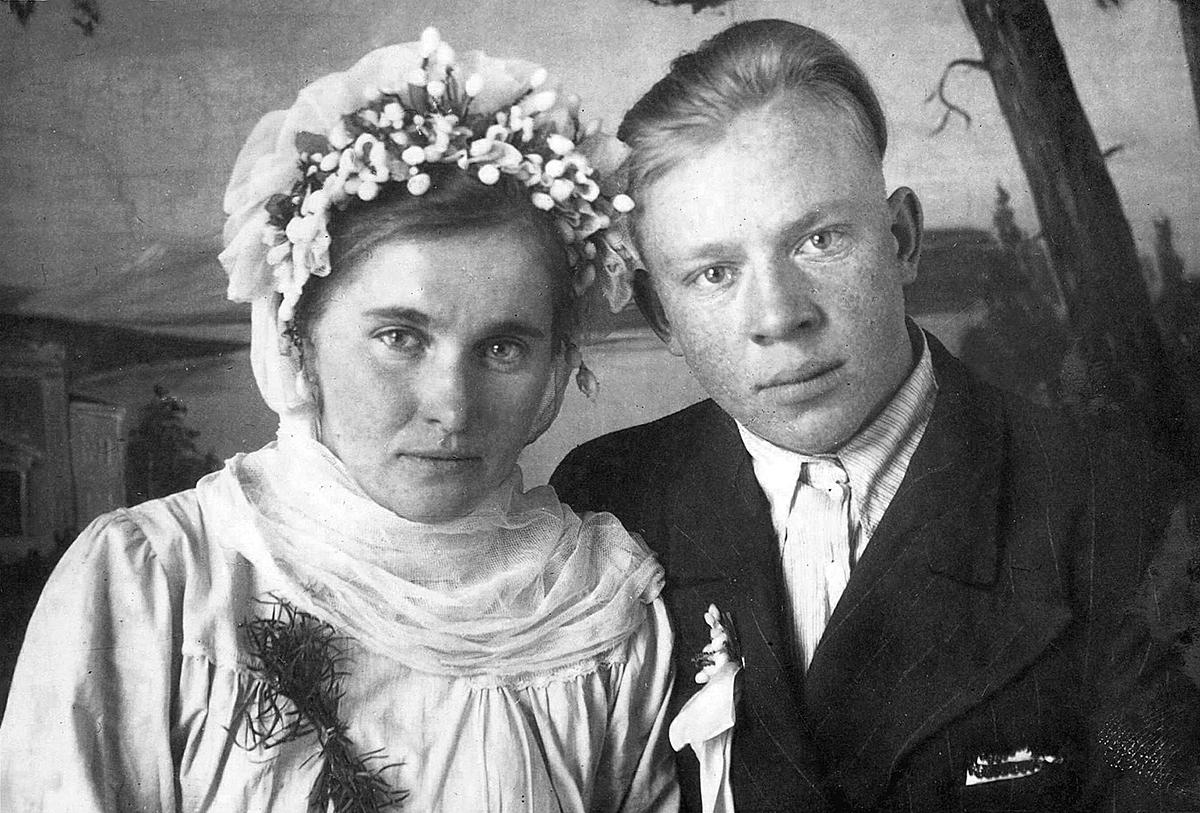 1950–1955 Staryna, Rajon Ljosna, Oblast Vitebsk. Aliena Bierzin and Viktar Varapajeŭ. Aus dem Archiv des Militärmuseums von Ljosna