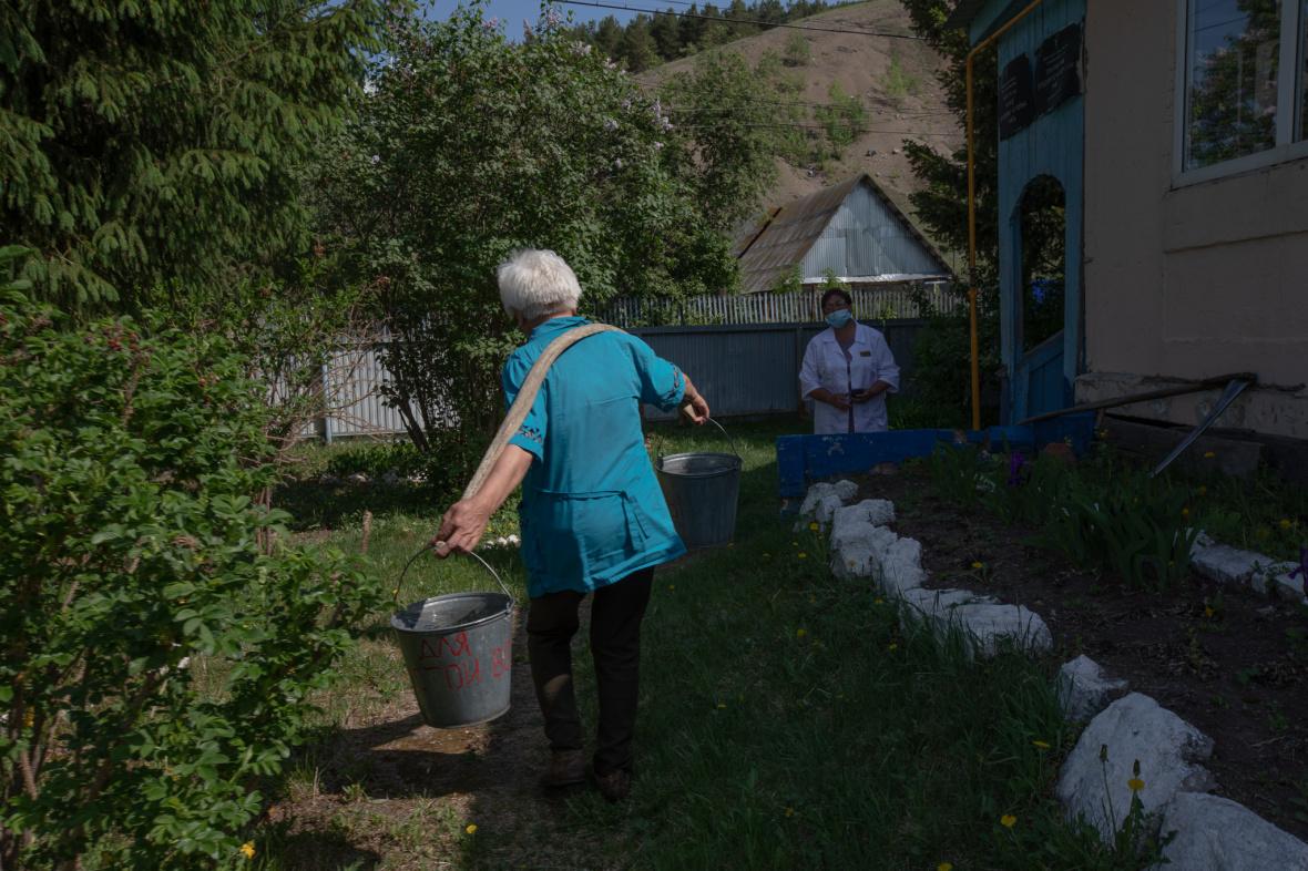 Das Gesundheitszentrum in Terekly befindet sich in einem Gebäude mit der Dorfbibliothek / Foto © Natalja Madiljan