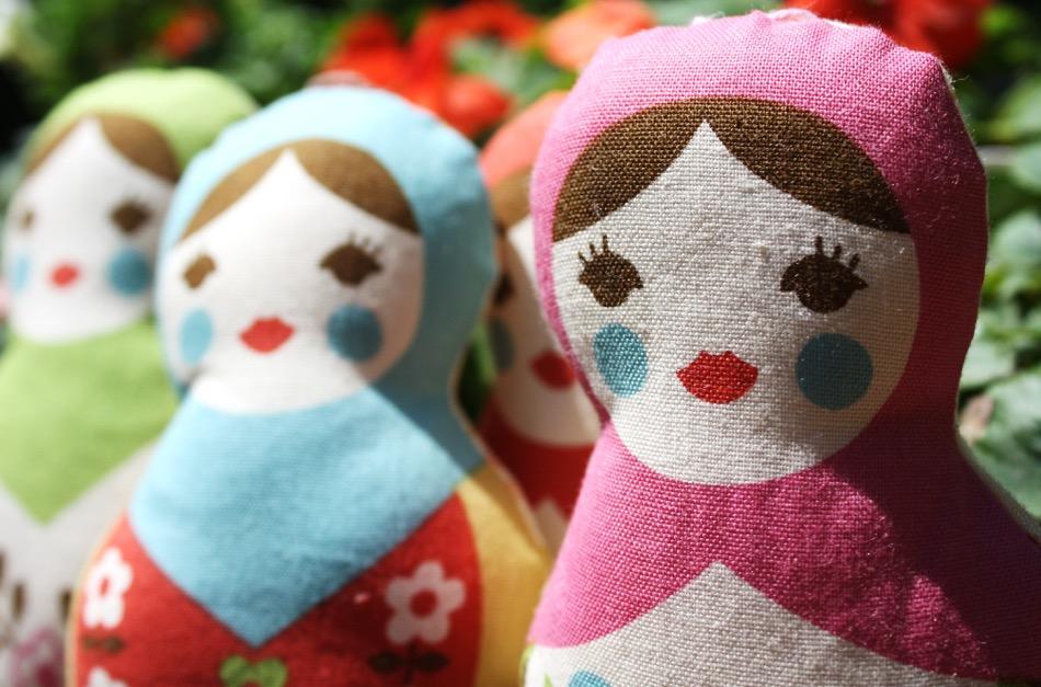 Die Matrjoschka ist auch ein beliebtes Motiv im Retro-Design / Foto © Pink/Flickr