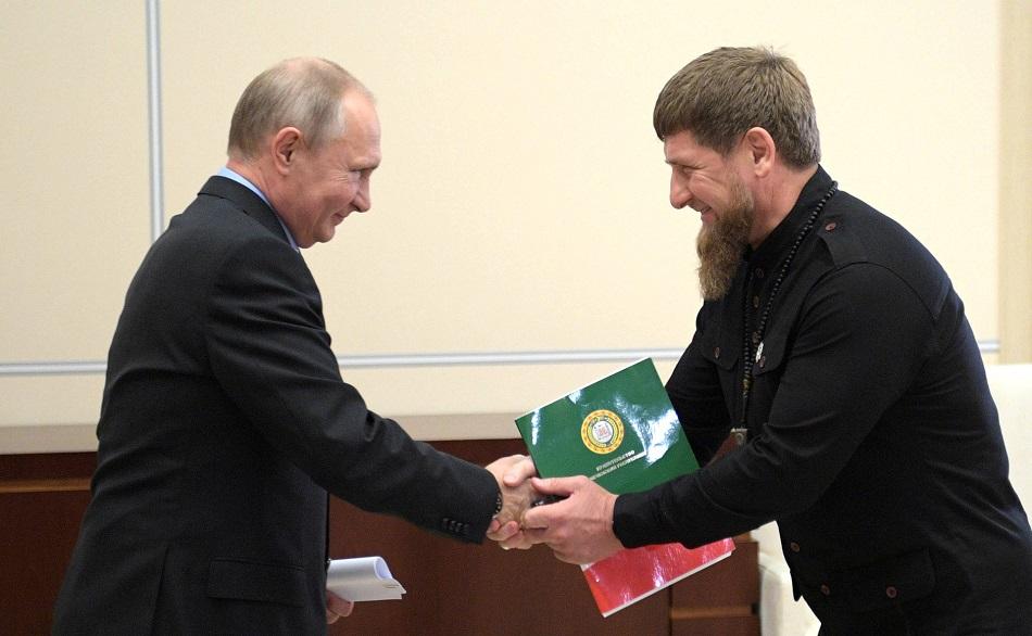 Kadyrow laviert ständig zwischen Forderungen nach noch mehr Autonomie und häufigen Loyalitätsbekundungen gegenüber Putin / Foto © kremlin.ru