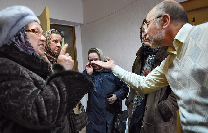 Erhitzte Gemüter beim Treffen mit dem Investor in Bogoljubowo / Foto © Kristina Kormilizyna/Kommersant