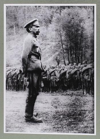 """""""Der kritische Punkt war der Auftritt von General Kornilow, der die Provisorische Regierung  herausforderte. Der Bürgerkriegs-Mechanismus war in Gang gesetzt."""" / Foto © Kommersant-Archiv"""