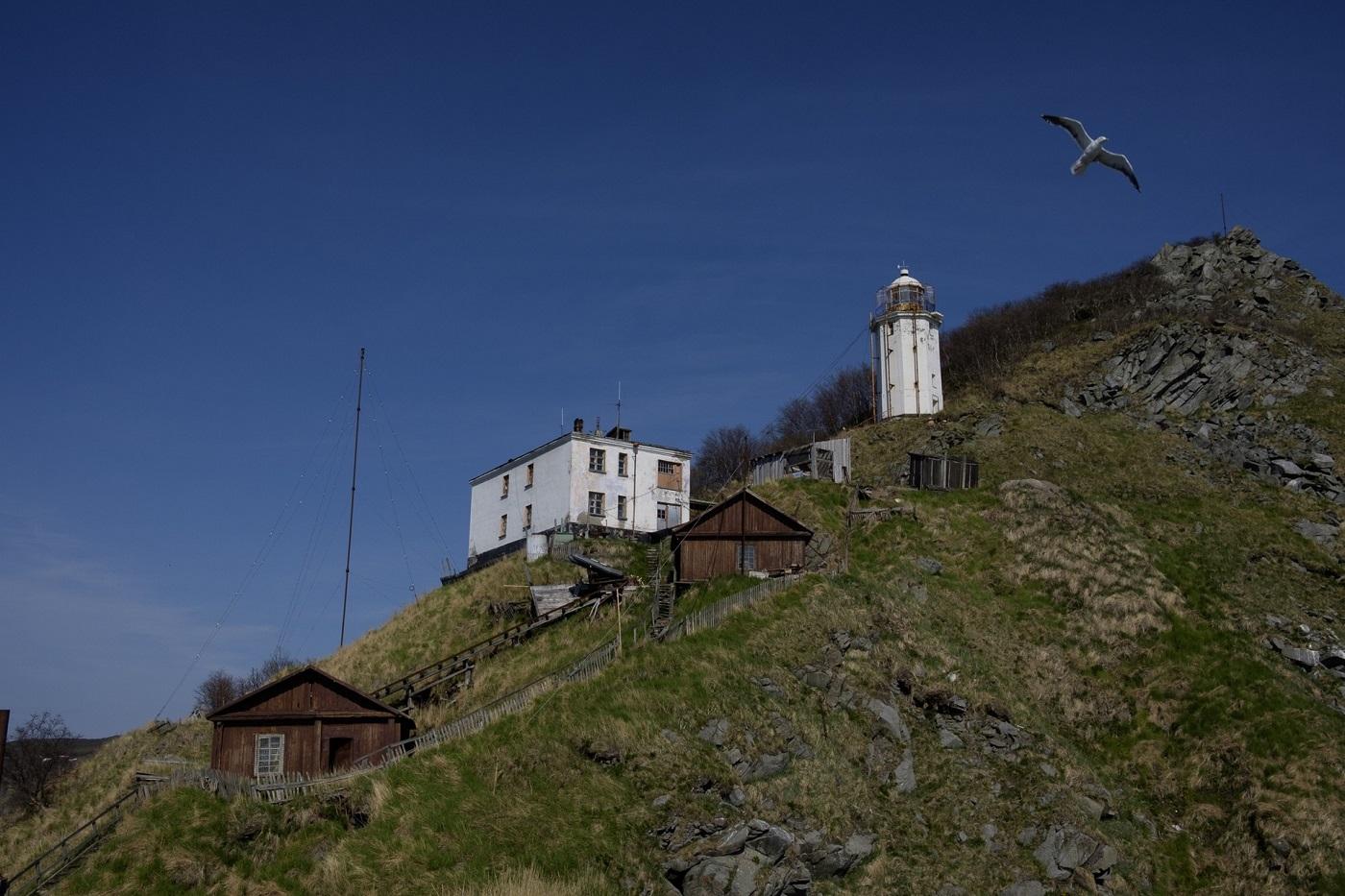Panorama der kleinen Leuchtturmstadt – oder auch Neu-Lummerland