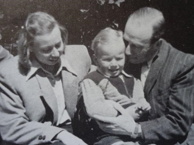 Lika Kremers Großeltern Marianna und Mark mit Sohn Gidon / Foto © Lika Kremer/meduza