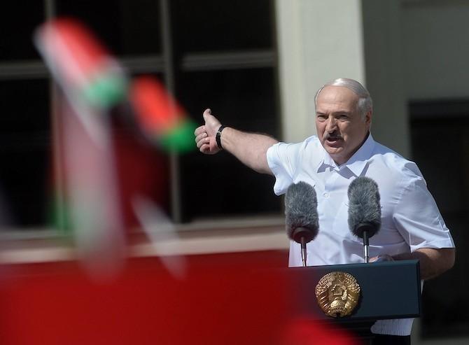 Lukaschenko spricht vor Anhängern in Minsk, August 2020 / Foto © Jewgeni Jertschak, Kommersant