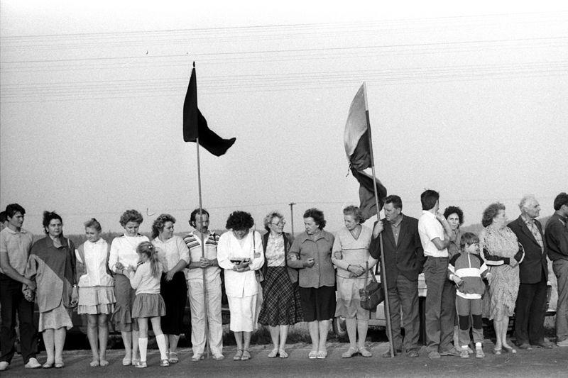 Eine Kette von hunderttausenden Menschen verband am 23. August 1989 Tallinn, Riga und Vilnius / Foto © Rimantas Lazdynas/wikimedia unter CC BY-SA 3.0