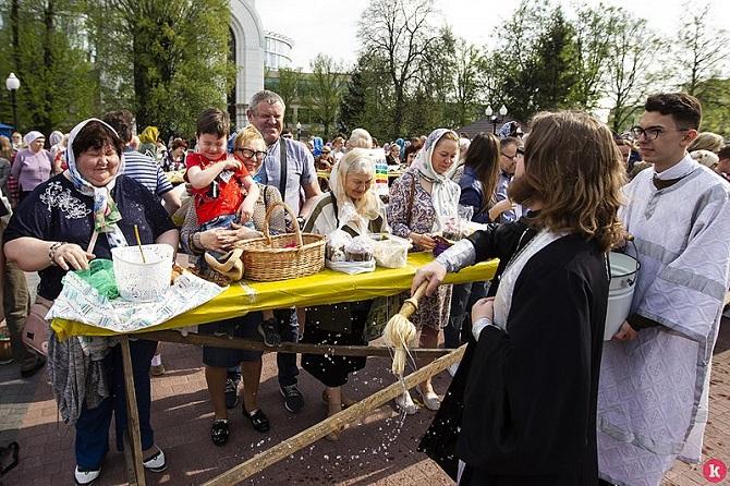 Segnung am Karsamstag in Kaliningrad, 2019. Dieses Jahr wird es solche Bilder nicht geben / Foto © Westpress Kaliningrad archive, image #/CC-BY-SA 4.0