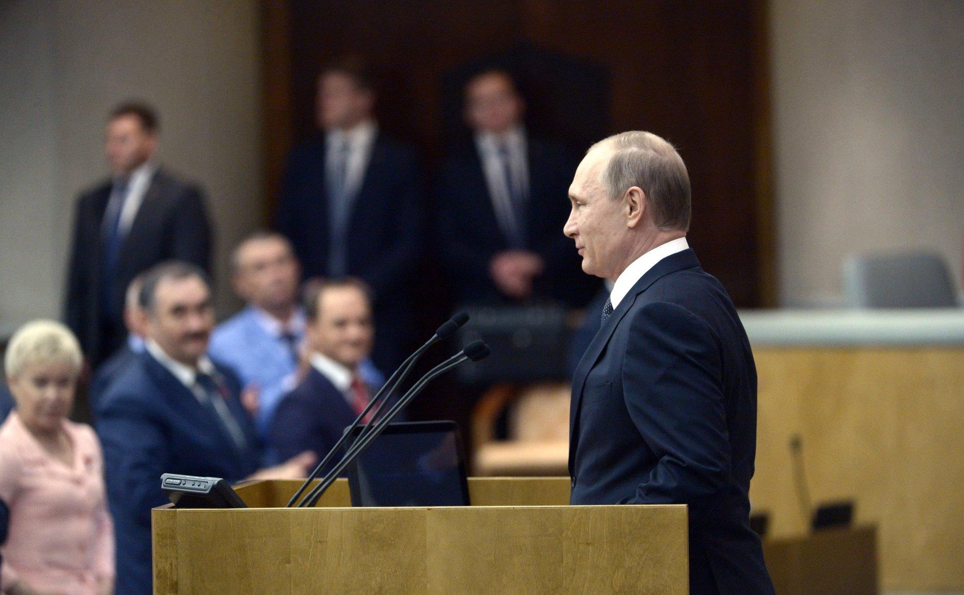 """Präsident Wladimir Putin dankt den Duma-Abgeordneten für ihre """"konsolidierende Unterstützung"""" zum Wohle Russlands – Foto © kremlin.ru"""