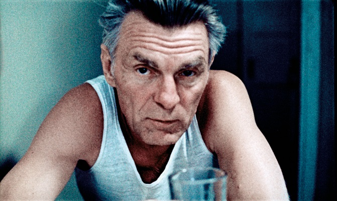 Der Vater, gespielt von Juri Nasarow