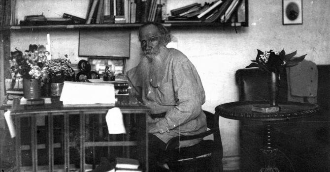 Bereits zu Lebzeiten ein anerkannter Klassiker der russischen Literatur – Lew Tolstoi